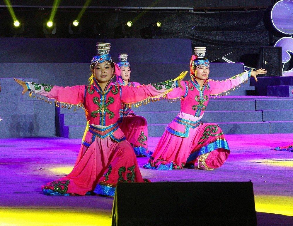 蒙古族舞蹈-360百科