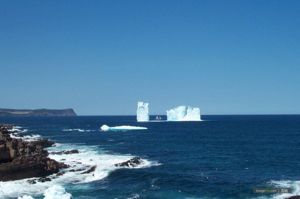 ①北美洲东海岸外大西洋岛屿,属加拿大纽芬兰省.在圣劳伦斯湾外.