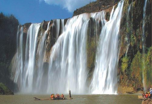罗平九龙瀑布群风景(6张)九龙瀑布群景区位于罗平县城北偏东20公里处