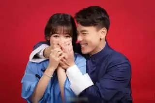 她是刘涛亲妹,苏有朋表妹,难怪敢抢赵薇的男友,最近结婚了。