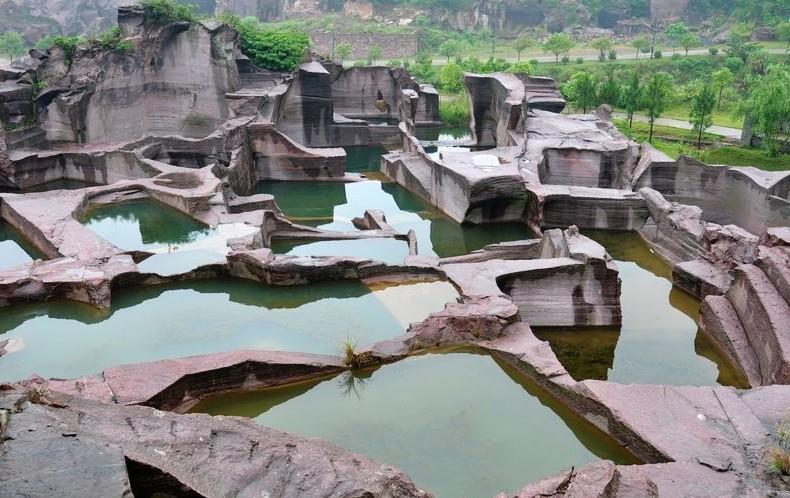 鲁滨逊(洞窟)度假村, 千洞禅寺,三门湾海岛观光游,蛇蟠山洞窟探险游